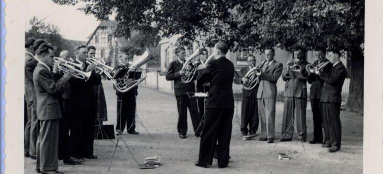 Silvesternacht: Platzkonzert mit dem Posaunenchor