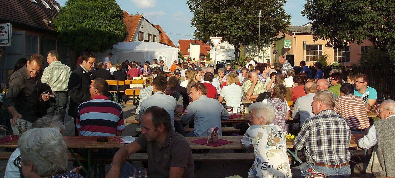 Hellmitzheim.de –  fränkisches Dorf am Rande des südlichen Steigerwaldes