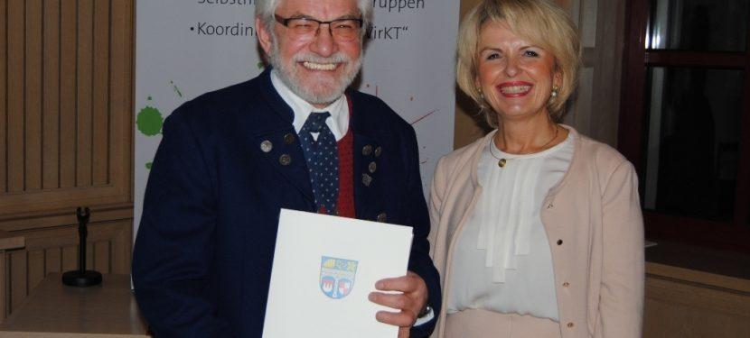Brauchtum, Kultur und Bildung: Auszeichnung für Wolfgang Schneider